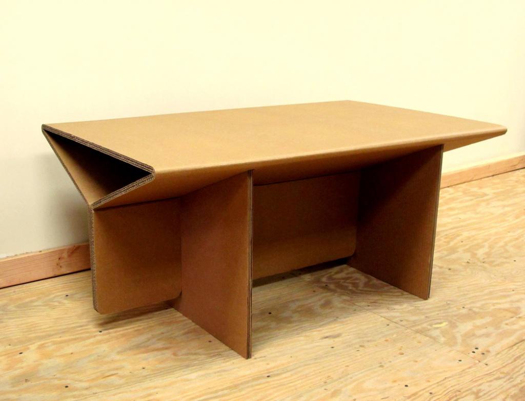 Как сделать журнальный столик из картона своими руками 54